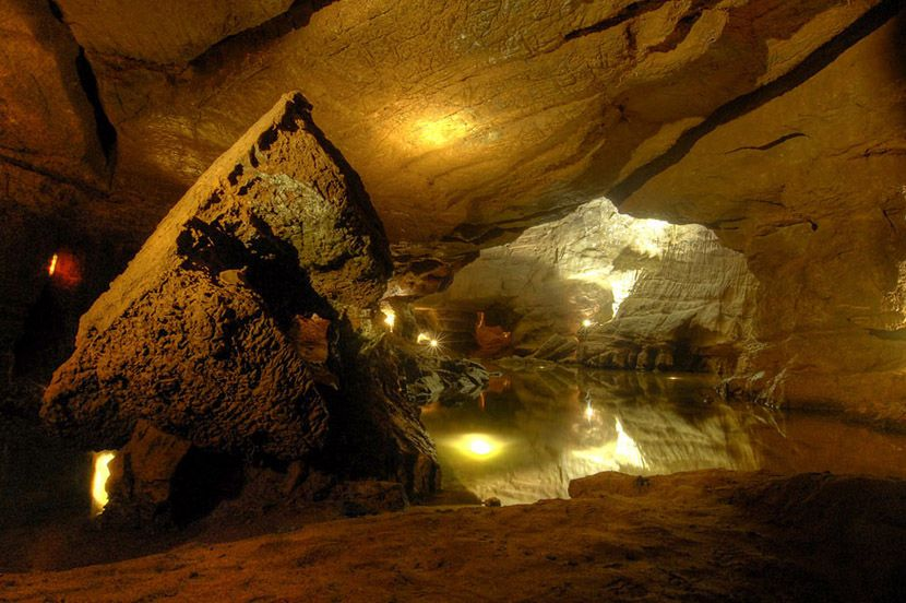 Audio guide of Saint Joseph's Underground River Caves - The Pachón Dog