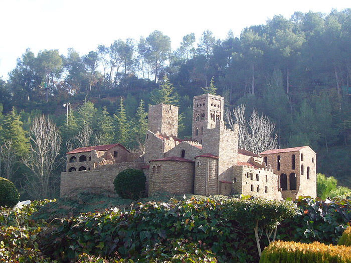 Audioguide of Catalunya in Miniature Park - The San Pedro de Roda Monastery