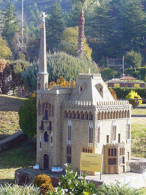 Audioguide of Catalunya in Miniature Park - Bellesguard Tower