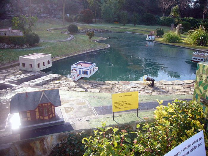 Audioguide of Catalunya in Miniature Park - The Bañolas Lake