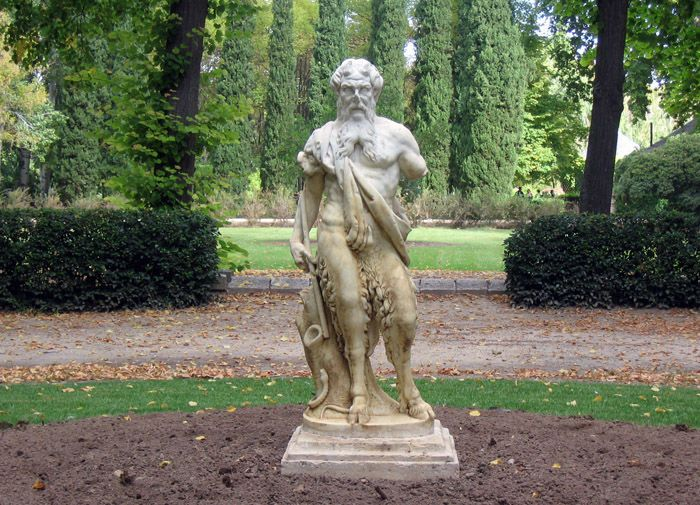 Aranjuez audio guide - Statue of Faun