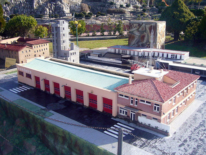 Audioguide of Catalunya in Miniature Park - the Manresa fire station